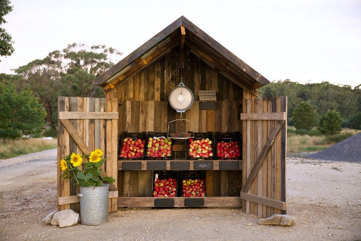 kate ulman's apple stand at daylesford