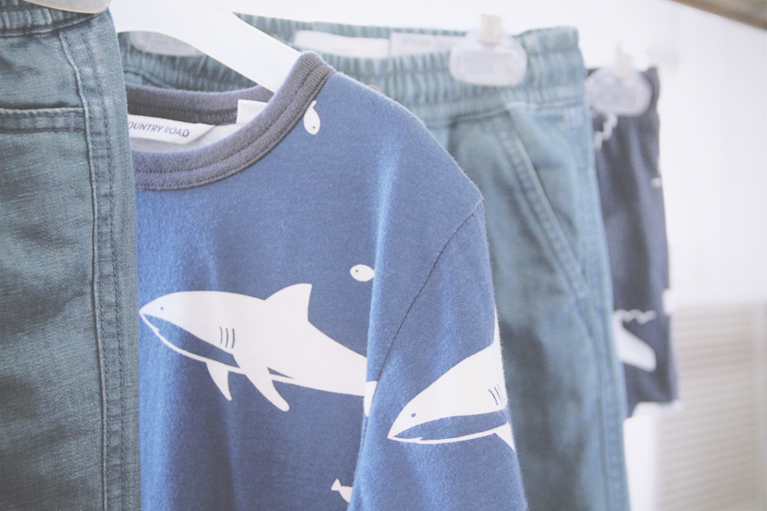 country road spring 2015 shark tee detail