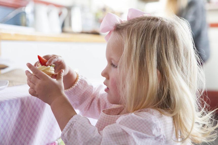 Emmy's 2nd Birthday party on www.childmagsblog.com