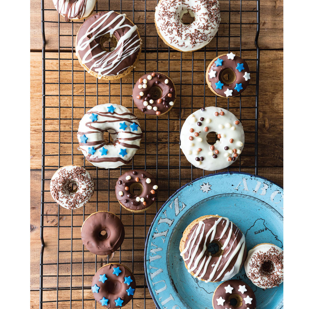 How to make chocolate cinnamon doughnuts on www.childmagsblog.com
