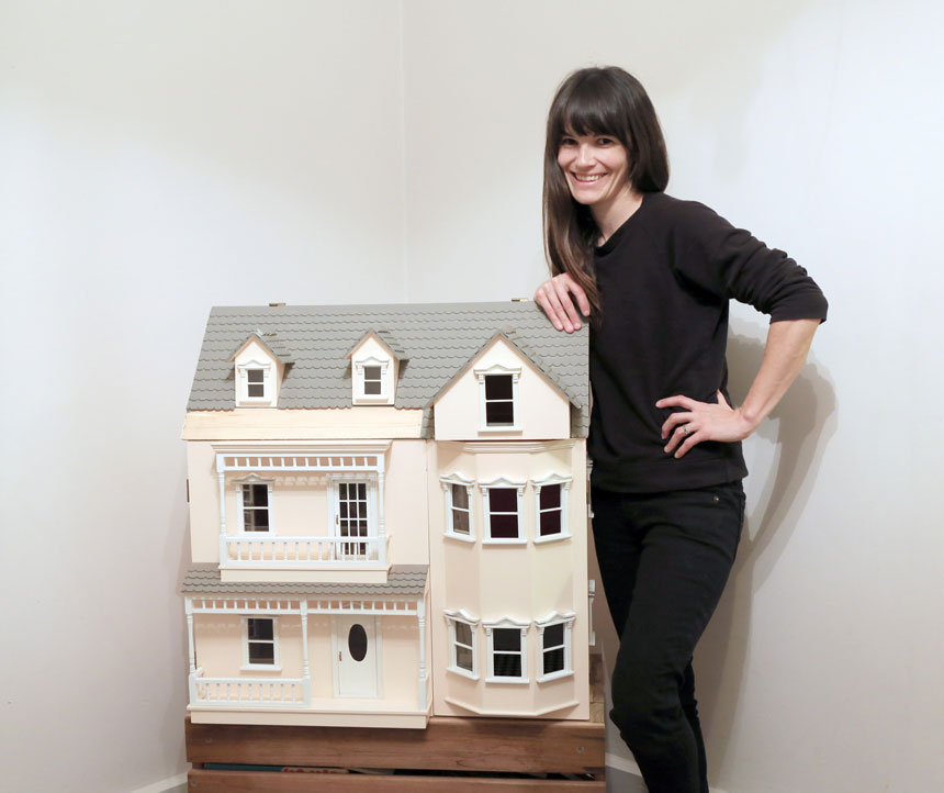 The Little Linzi Dollhouse Project on www.childmagsblog.com