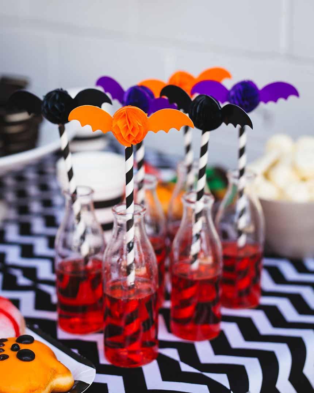 a spooktacular Halloween kids' party on www.childmagsblog.com