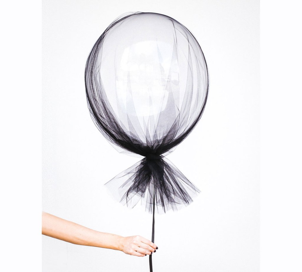 Diy Tulle covered Balloons CHILD