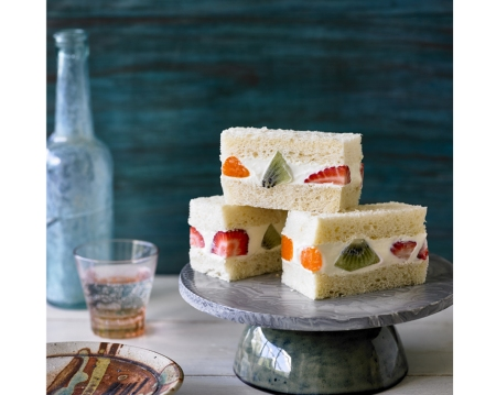 Japanese Fruit Sandwiches on child mags blog