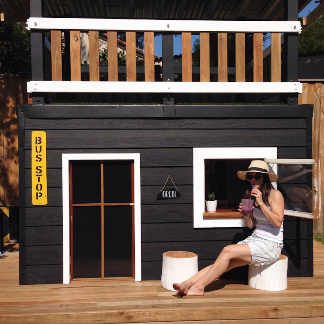 little linzi awesome DIY cubby house