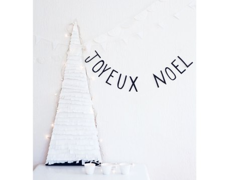 diy paper-fringe christmas tree