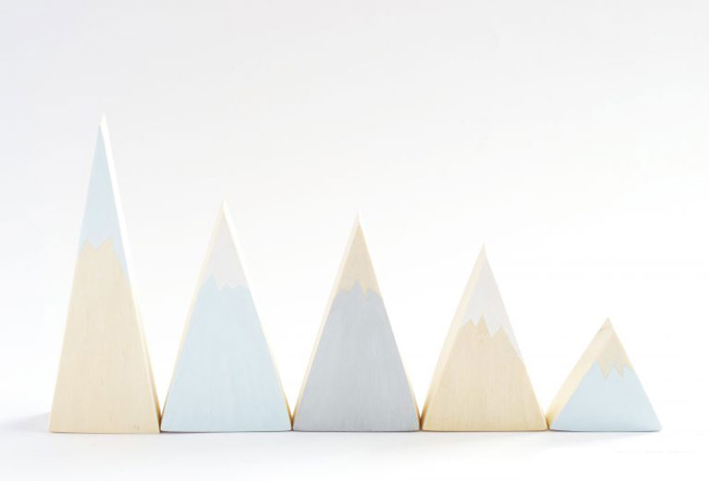 how to make a mountain out of wood for toys